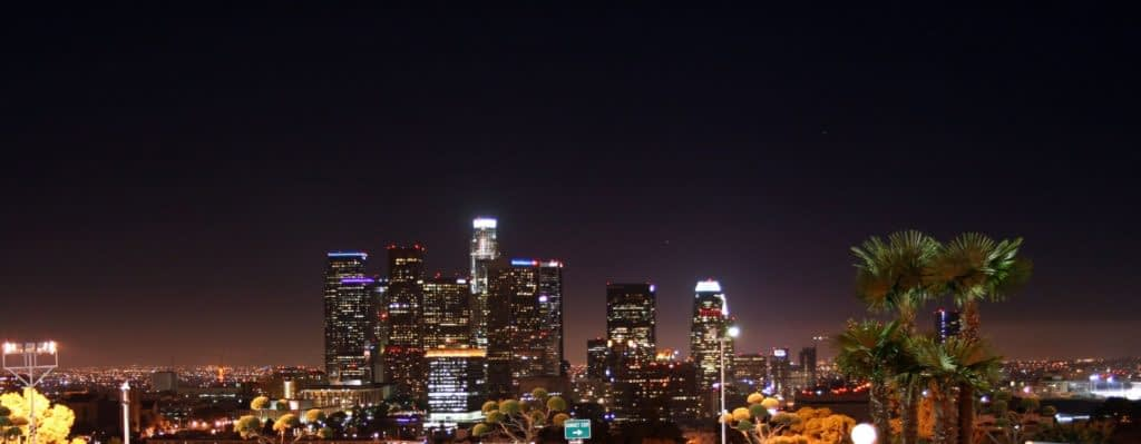 Credits: https://upload.wikimedia.org/wikipedia/commons/b/ba/L.A._Skyline_02.jpg